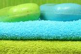 Toalhas e sabonete no spa — Foto Stock