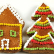 Gingerbread house and Christmas tree — Stock Photo