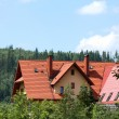 House in mountains — Stockfoto