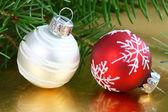 Glazen kerstballen — Stockfoto