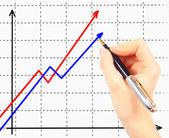 Zakenvrouw tekening een organigram op een wit bord — Stockfoto