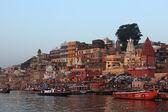 święte ghaty w varanasi w indiach — Zdjęcie stockowe