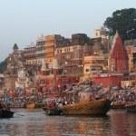 The Ghats of Varanasi in India — Stock Photo #47315821