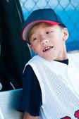 Little League Baseball-Spieler im Einbaum — Stockfoto