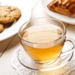 Tea and cookies — Stock Photo