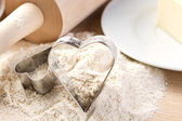 Heart shaped cookies cutters — ストック写真