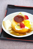 Roll cake and fruits pudding — Foto de Stock