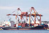 грузовой корабль контейнерные перевозки — Стоковое фото