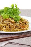 Stir-fried noodles — Stock Photo