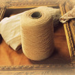 Skein of wool and frame — Stock Photo