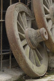 Trä hjul — Stockfoto