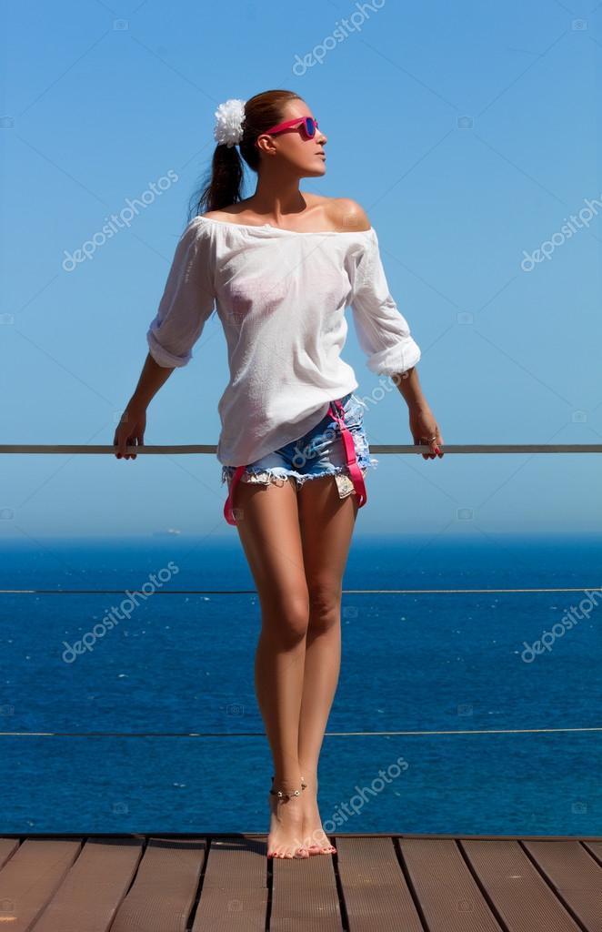 женщины в шортах фото
