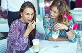 Friends in restaurant — Stock Photo