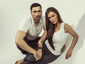 Handsome couple posing — Stock Photo