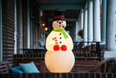 Christmas Snowman Decoration on Porch in City — Stock Photo