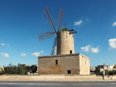 Zurrieq Windmill — Stock Photo
