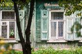 老房子的窗户 — 图库照片