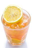 Verse cocktail met citroen — Stockfoto