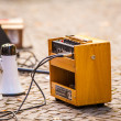 Wooden amplifier and a megaphone — Foto de Stock