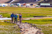 Tourists in Landmannalaugar — Stockfoto