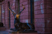 Bronze statue of a deer — Stock Photo