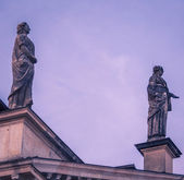 Statue on a gable — Stock Photo