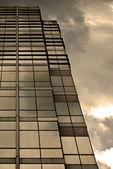 Modernes Gebäude-Sonnenuntergang — Stockfoto