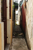 Narrow Urban Alley — Stock Photo