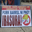 Anti-Pork Spending: Sign at Filipino Anti-Pork Barrell Spending Protest — Stock Photo