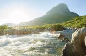 Dzika rzeka słońce — Zdjęcie stockowe