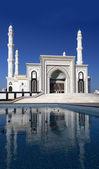 Stilisierte fotos einer neuen moschee in astana. kasachstan. — Stockfoto