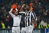 Shakhtar - Juventus. Pogba and Pirlo celebrating victory — Stock Photo
