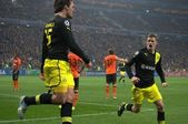 The match of the Champions League. Hummels celebrates scoring against Shakhtar — Stock Photo