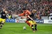 Taison en el partido contra borussia dortmund — Foto de Stock