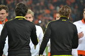 Shakhtar players handshake with Borussia Dortmund — Stock Photo
