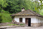 An old house in the ethnographic museum Etara, Bulgaria — Stock Photo