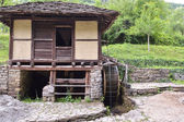 "Water mill and water wheel, called ""Dolap"", which puts water in — Stock Photo"