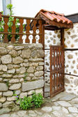 Open wooden door of a house in Melnik, Bulgaria — Stock Photo