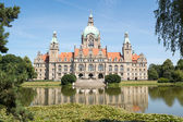Landscape of the New Town Hall in Hanover, Germany — Stock Photo