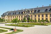 Det gamla palatset herrenhausens trädgårdar, hannover, tyskland — Stockfoto