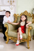 Boy and girl in the room — Stock Photo