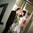 Kiss in the lift — Stock Photo