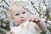 Child in spring — Stock Photo