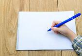 Scrive a mano — Foto Stock