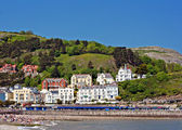 Hotels and guest houses on Great Orme, Llandudno, Wales, UK — Stock Photo