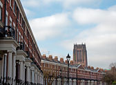 Elegant Georgian Terraced houses with Liverpool Anglican Cathedr — Stock Photo