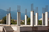 Reinforced concrete pillars on building site — Stock Photo