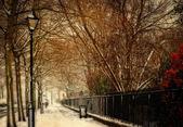 Old Georgian street in traditional winter snow scene — Stock Photo