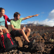 Young couple outdoors hiking — Stock Photo