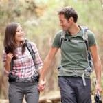 Couple hiking happy — Stock Photo